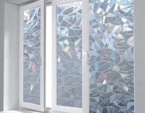 Украшение стекол витражной самоклеющейся пленкой