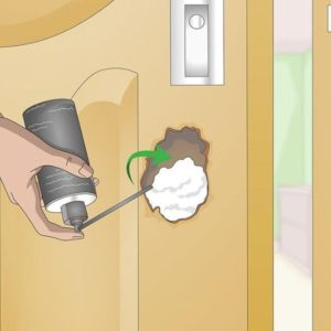 Как заделать вмятины на межкомнатных дверях — идеи ремонта и декорирования
