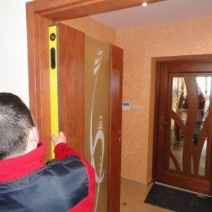 ТОП-7 ошибок при установке межкомнатных дверей и способы их устранения