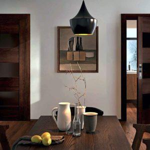 Межкомнатные двери в коричневых оттенках в интерьере — разновидности и ТОП дизайнерских решений